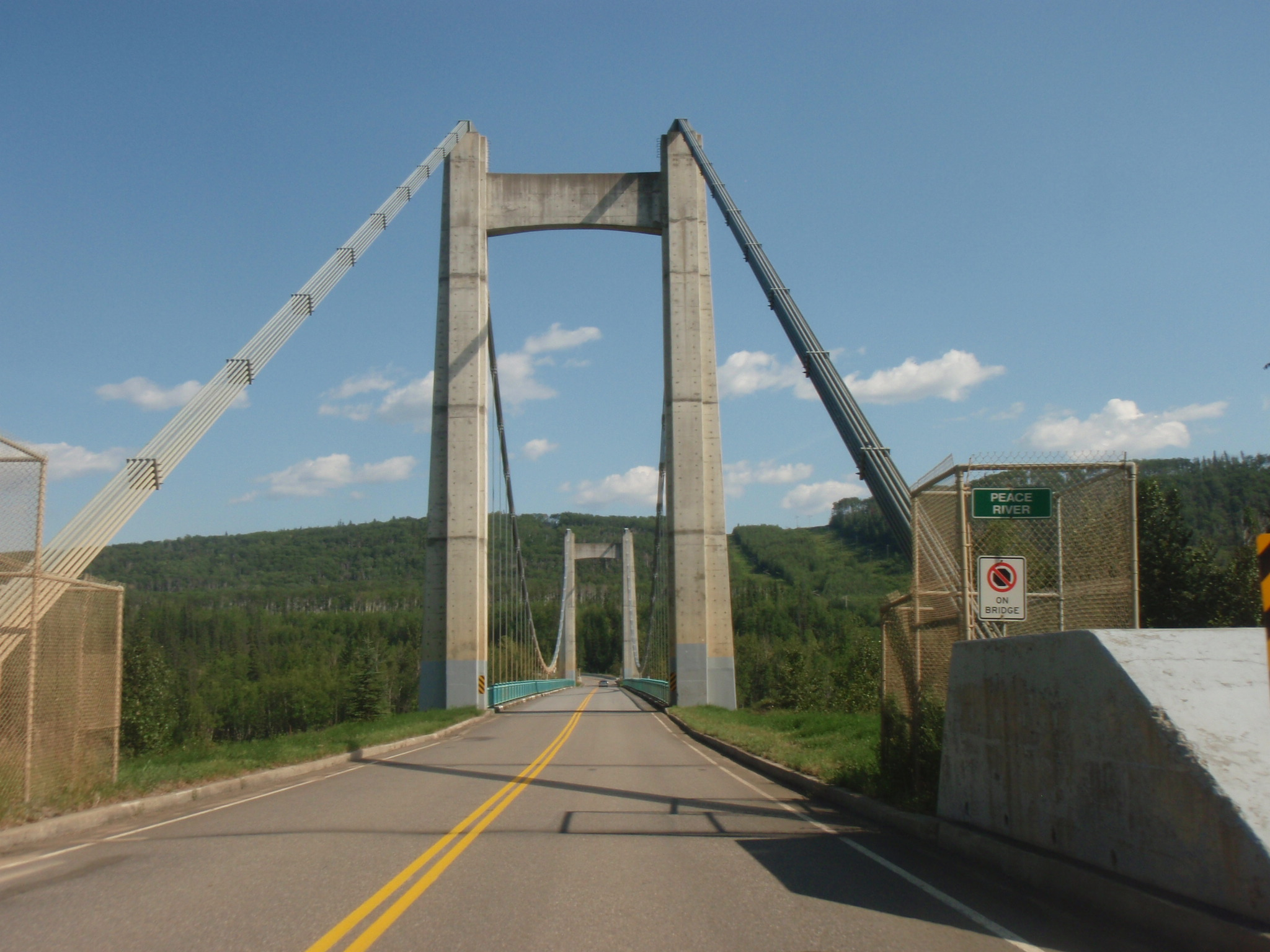 Peace River bridge at Dinosaur Lake dam