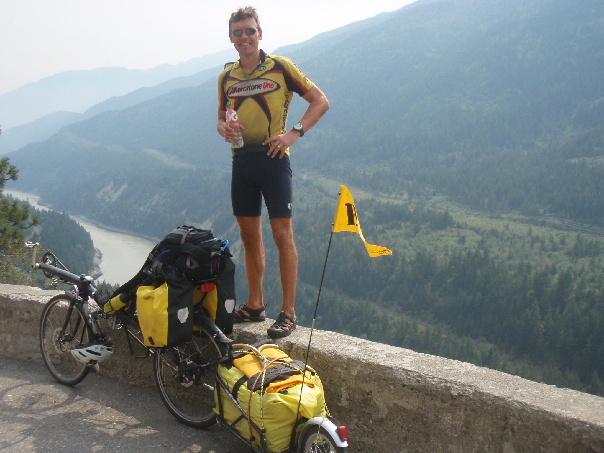Fraser River overlook at Jackass Mountain Pass