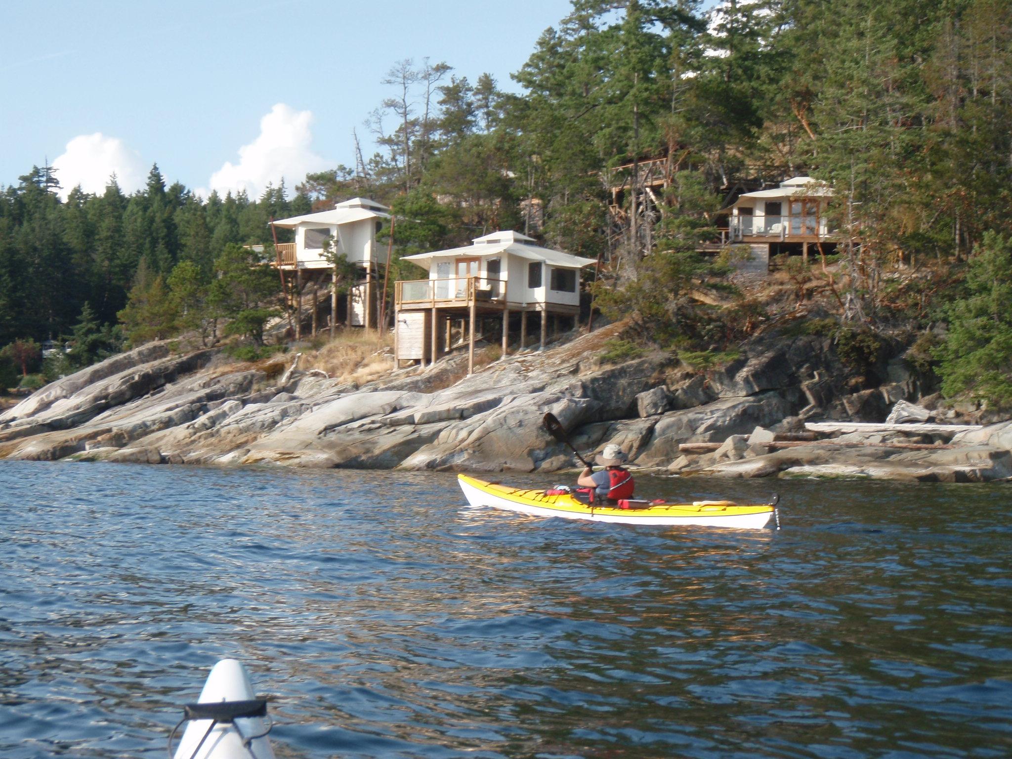 Kayaking the Sunshine Coast of British Columbia near Secret Cove (Sechelt)