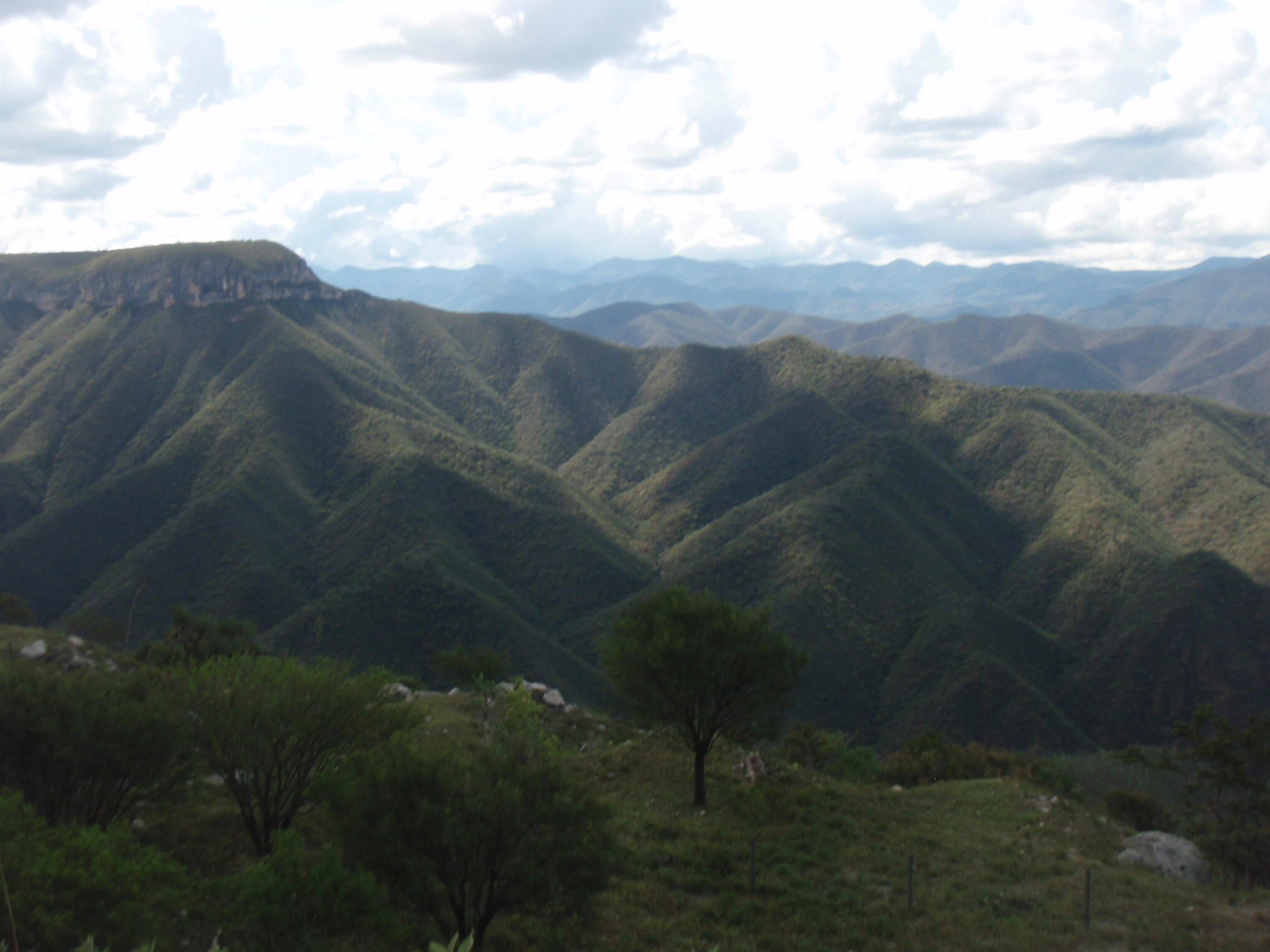 Beautiful landscape to the West of the autopista along the huge climb South of Tehuacan