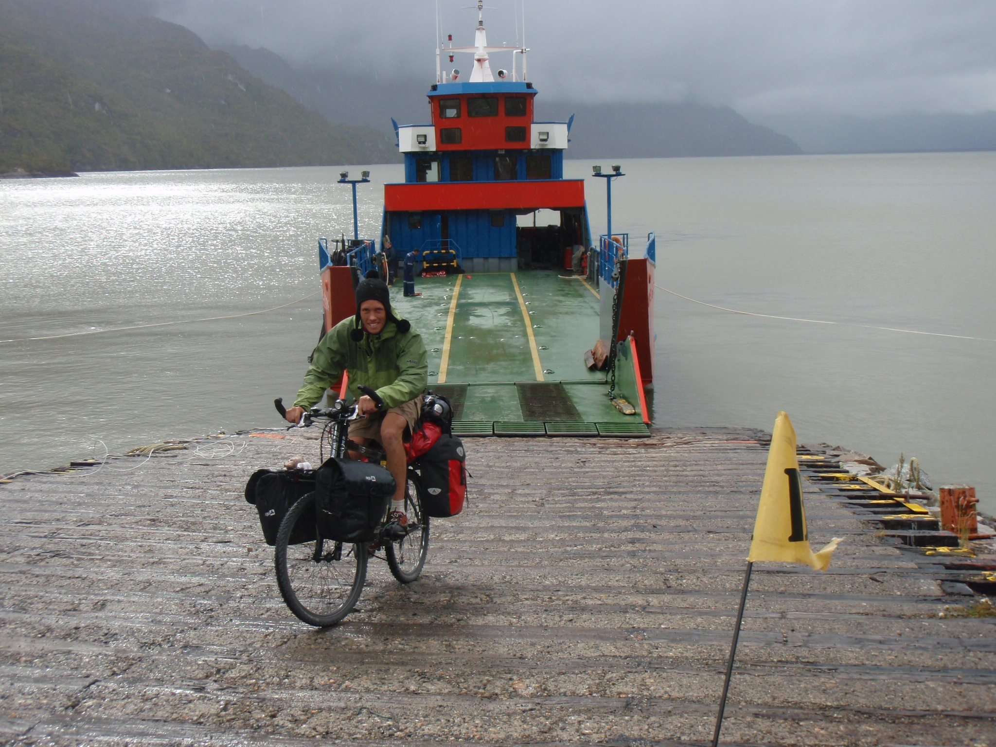Belgian cyclist Tom leaving the ferry in Puerto Yungas
